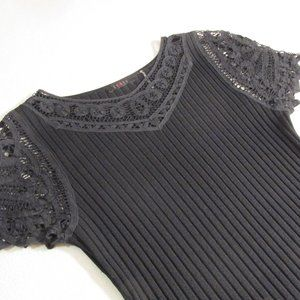 Cyrus BLK Stretchy Top with Lace